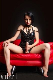 Nora Lii, horny girls in Australia - 6912